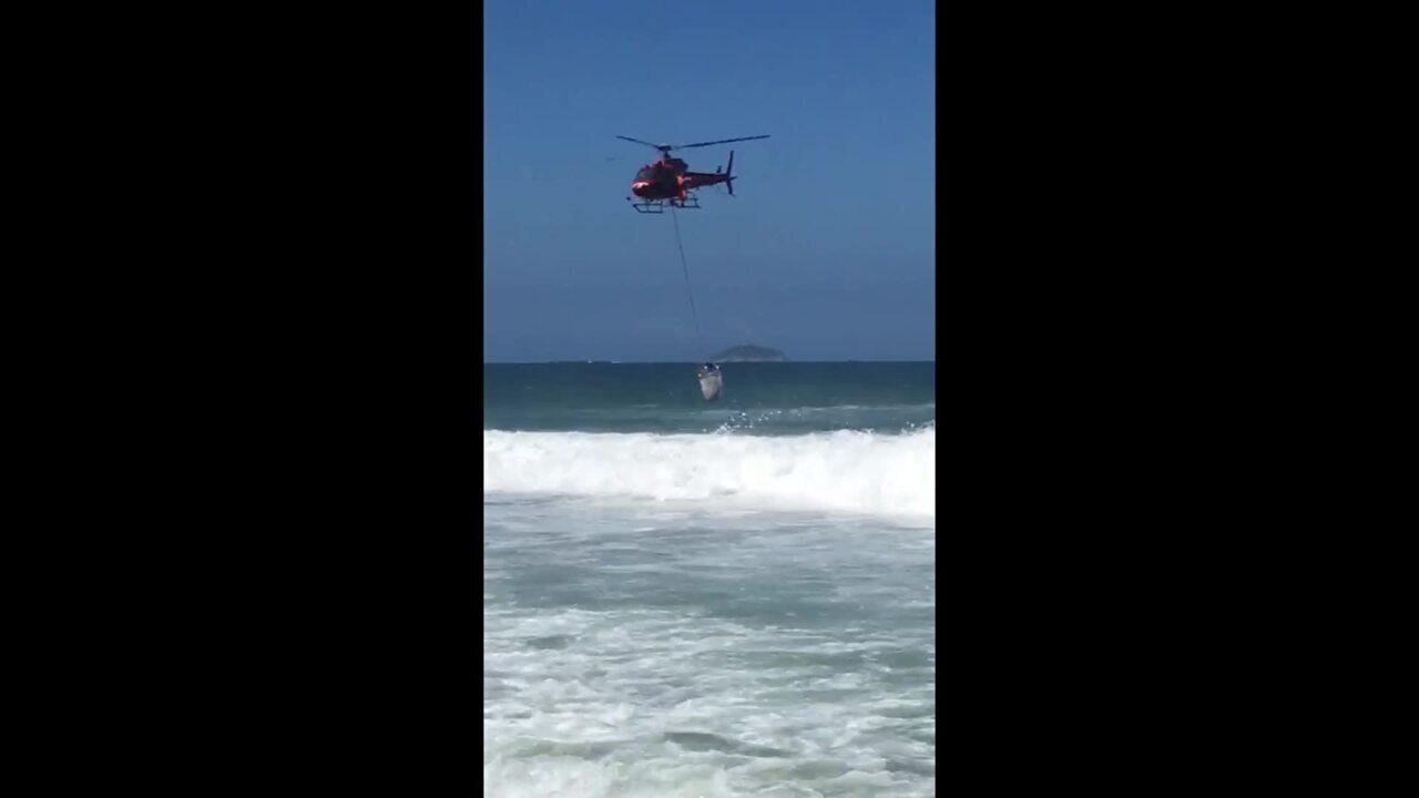 Flagrante de salvamento no mar de Ipanema (Imagens: Roberta Saad)