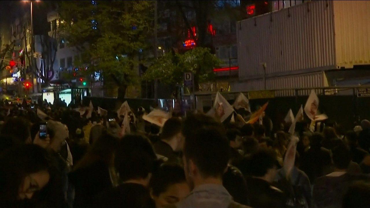 Oposição turca levanta suspeita sobre resultado de referendo