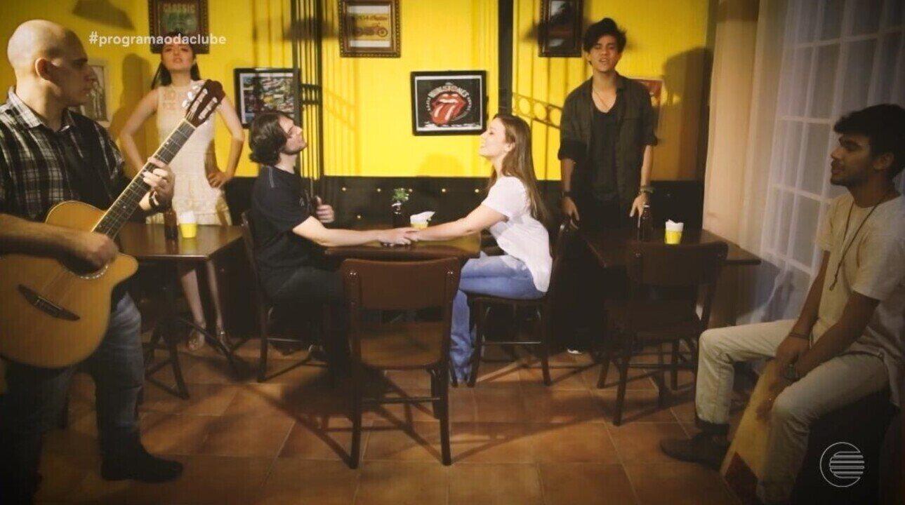 Carpe Night lança um clipe para a canção Gato Preto de Vitória Marcilio