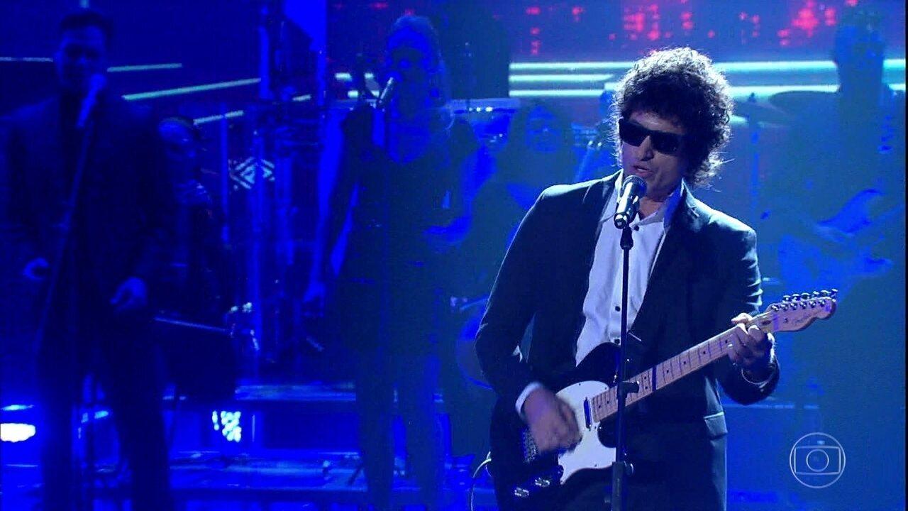 Eriberto Leão Interpreta Bob Dylan com 'Like a Rolling Stone'