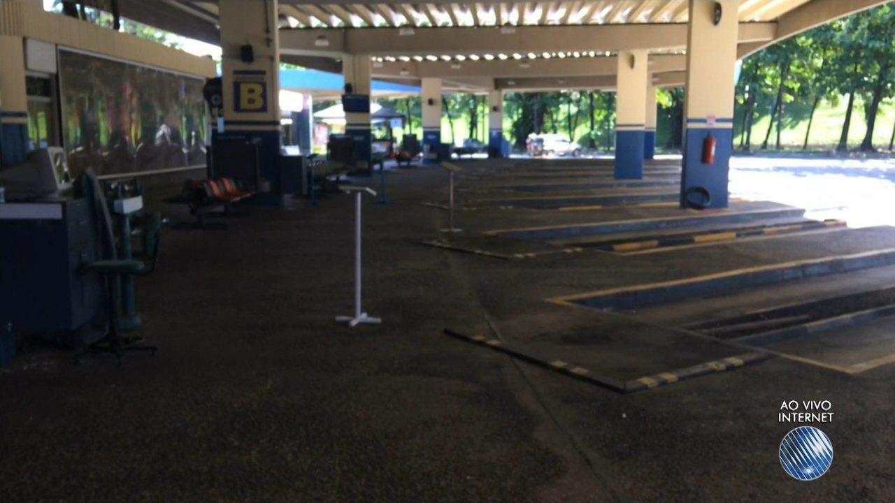 Estação rodoviária fica vazia por conta dos protestos desta sexta ...