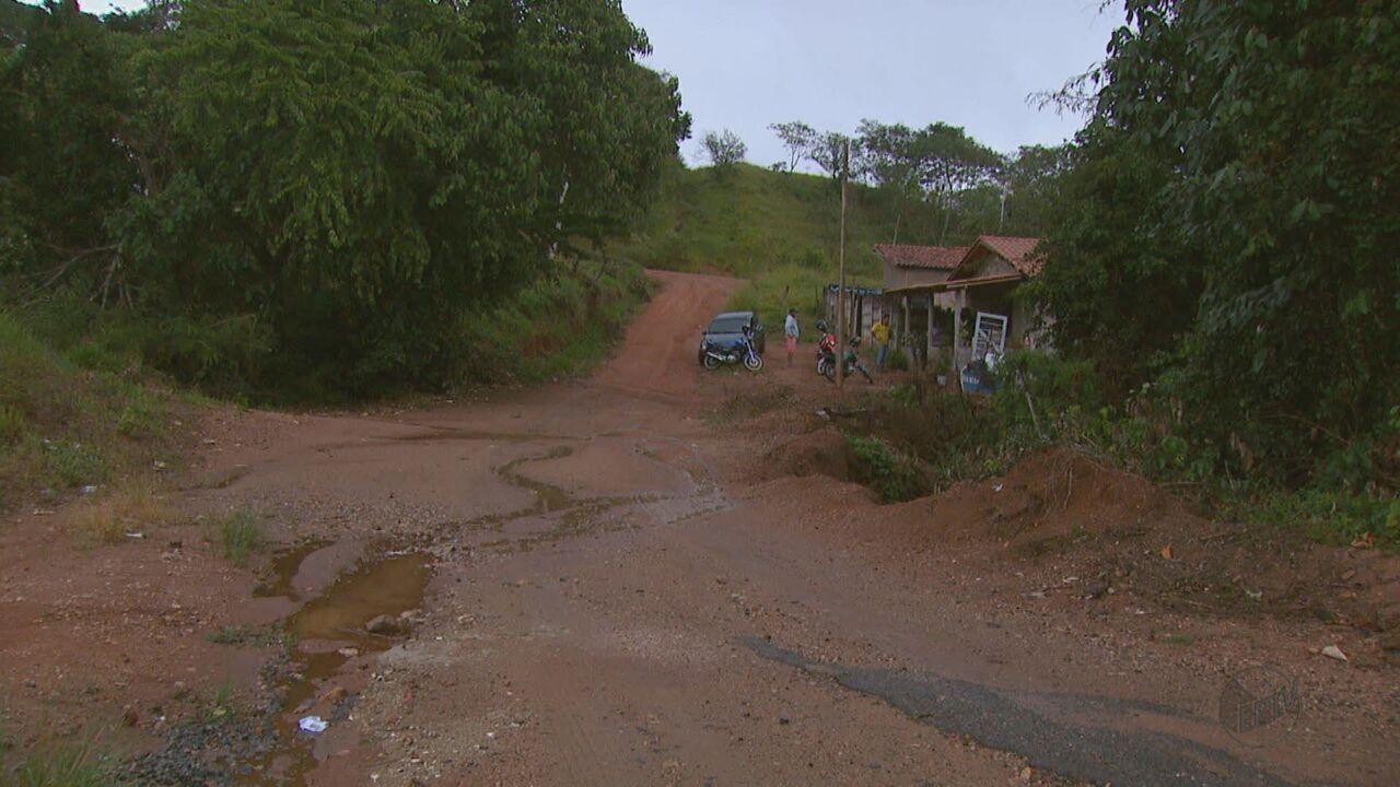 Caconde tem bairro sem água, esgoto, luz, asfalto ou coleta de lixo