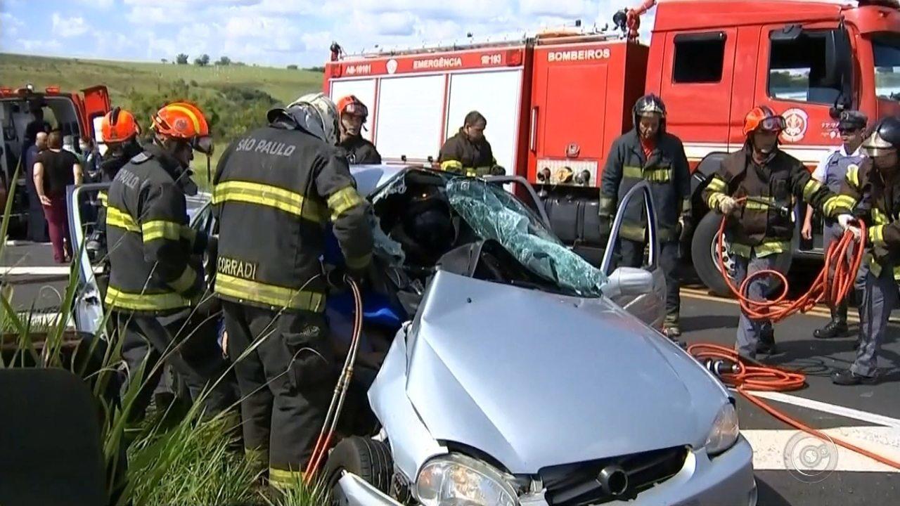 Criança na cadeirinha sai ilesa de acidente que deixou quatro feridos em rodovia