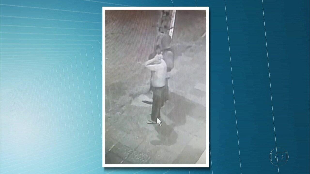 Câmera flagra suspeitos rendendo testemunha antes de explosão a banco no Grande Recife