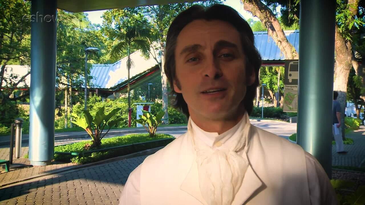 André Dias, o Patrício de 'Novo Mundo', cita algumas curiosidades de sua carreira