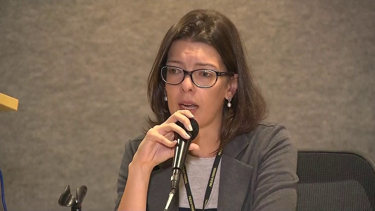 Delegada diz que foram contabilizados cerca de 18 contratos para pagar propina