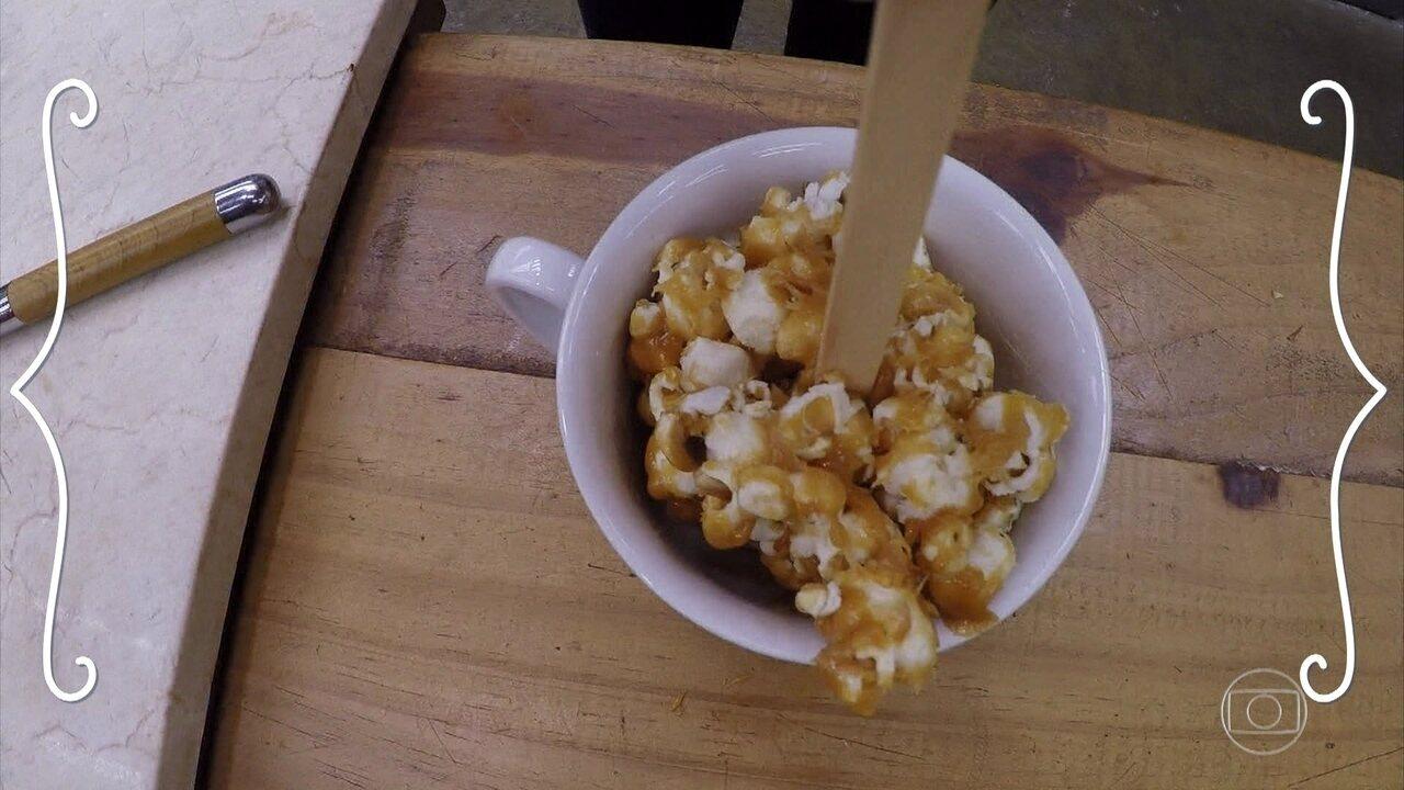 Saiba como fazer Pirulito de Pipoca com caramelo