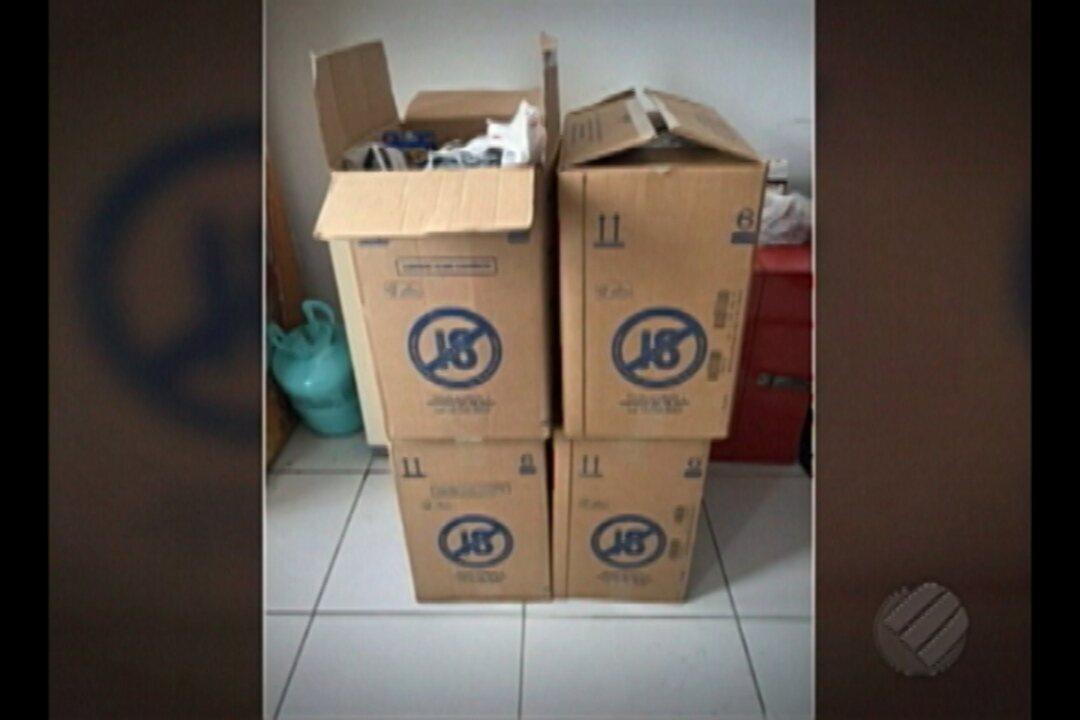 Polícia apreendeu milhares de maços de cigarros roubados, em Ananindeua