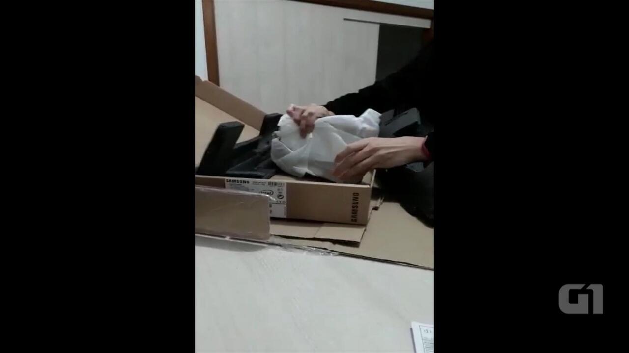 Contadora compra computador pela internet e recebe pedra no RS