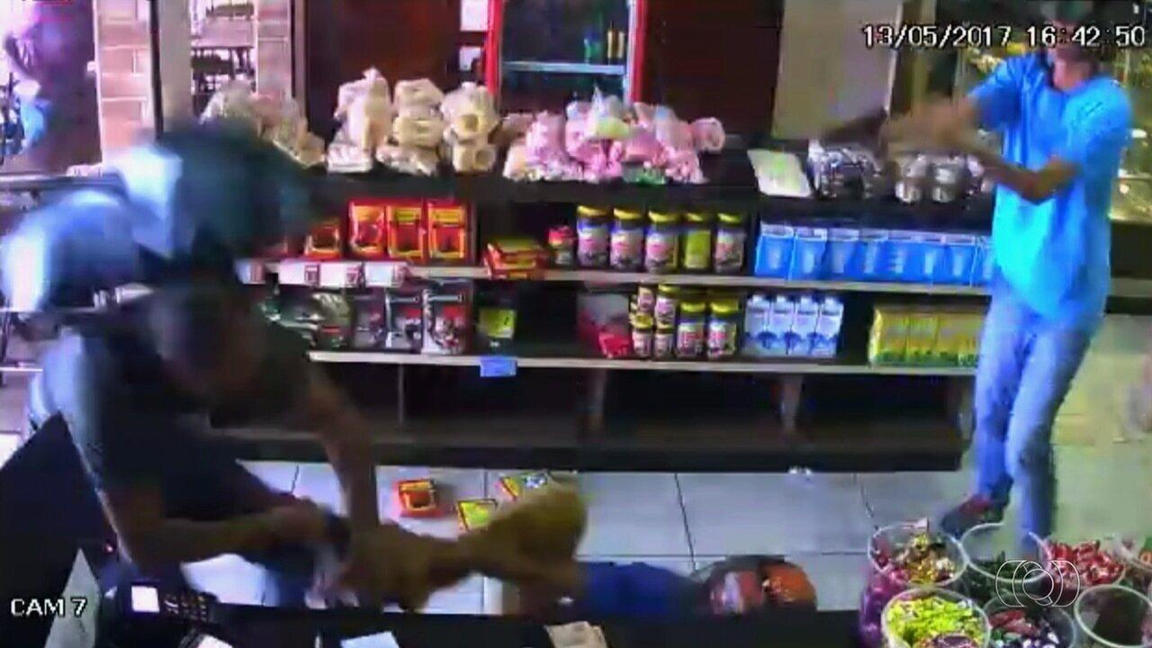 Antes de ser morto em padaria, policial do DF alertou assaltantes que era militar