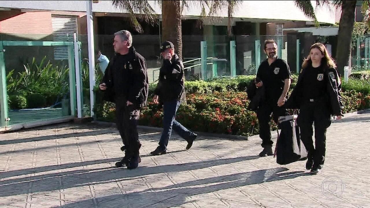 PF prende dez suspeitos de corrupção envolvendo servidores e frigoríficos