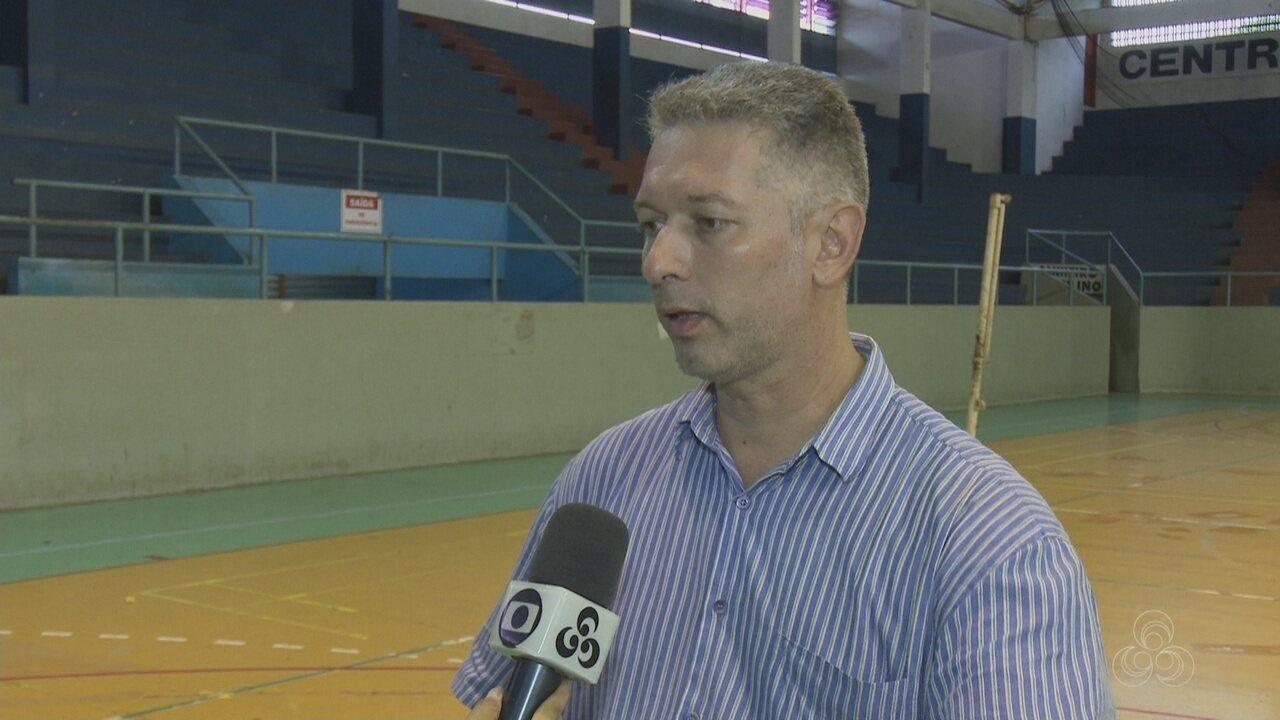 Técnico do Santos-AP, Gilmar Justo
