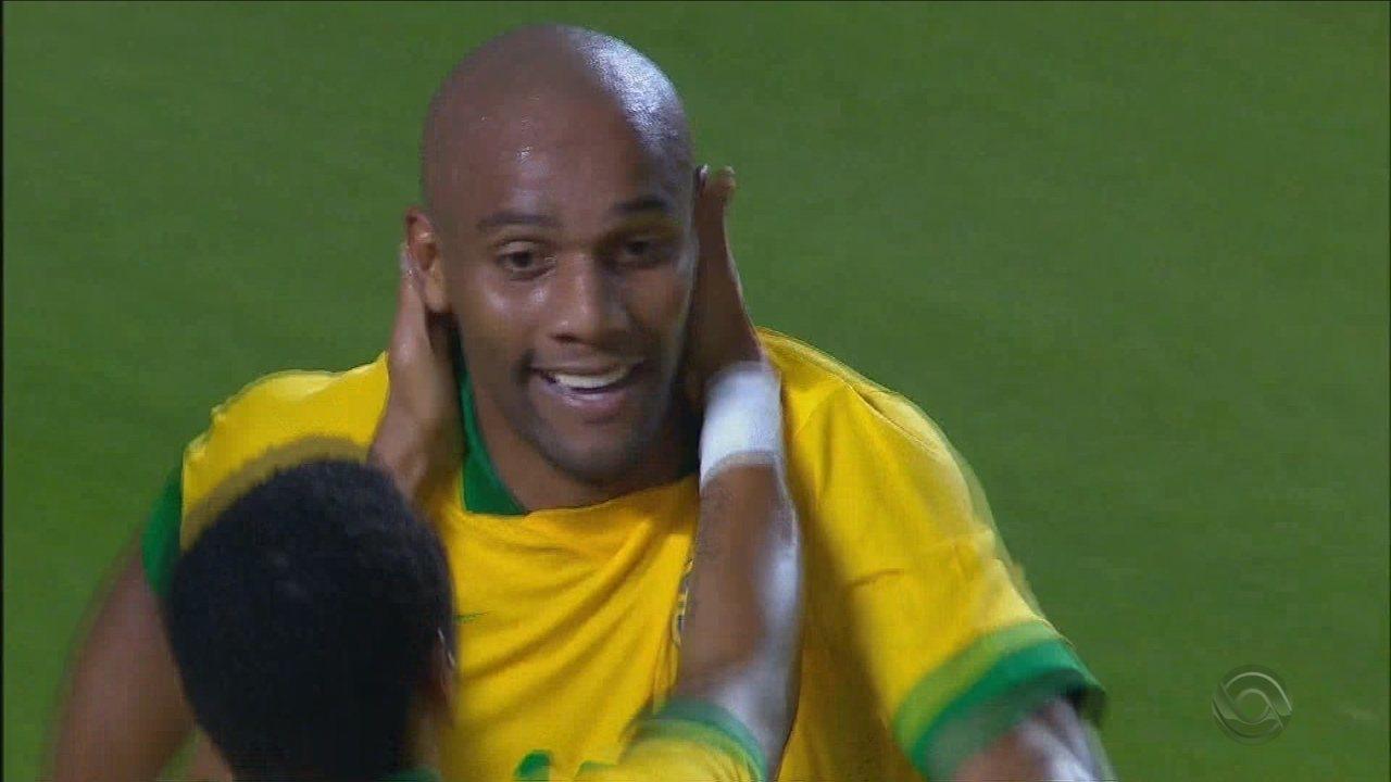 Avaí encaminha acerto com ex-lateral da seleção brasileira, Maicon; Rodrigo Faraco traz a informação no GE