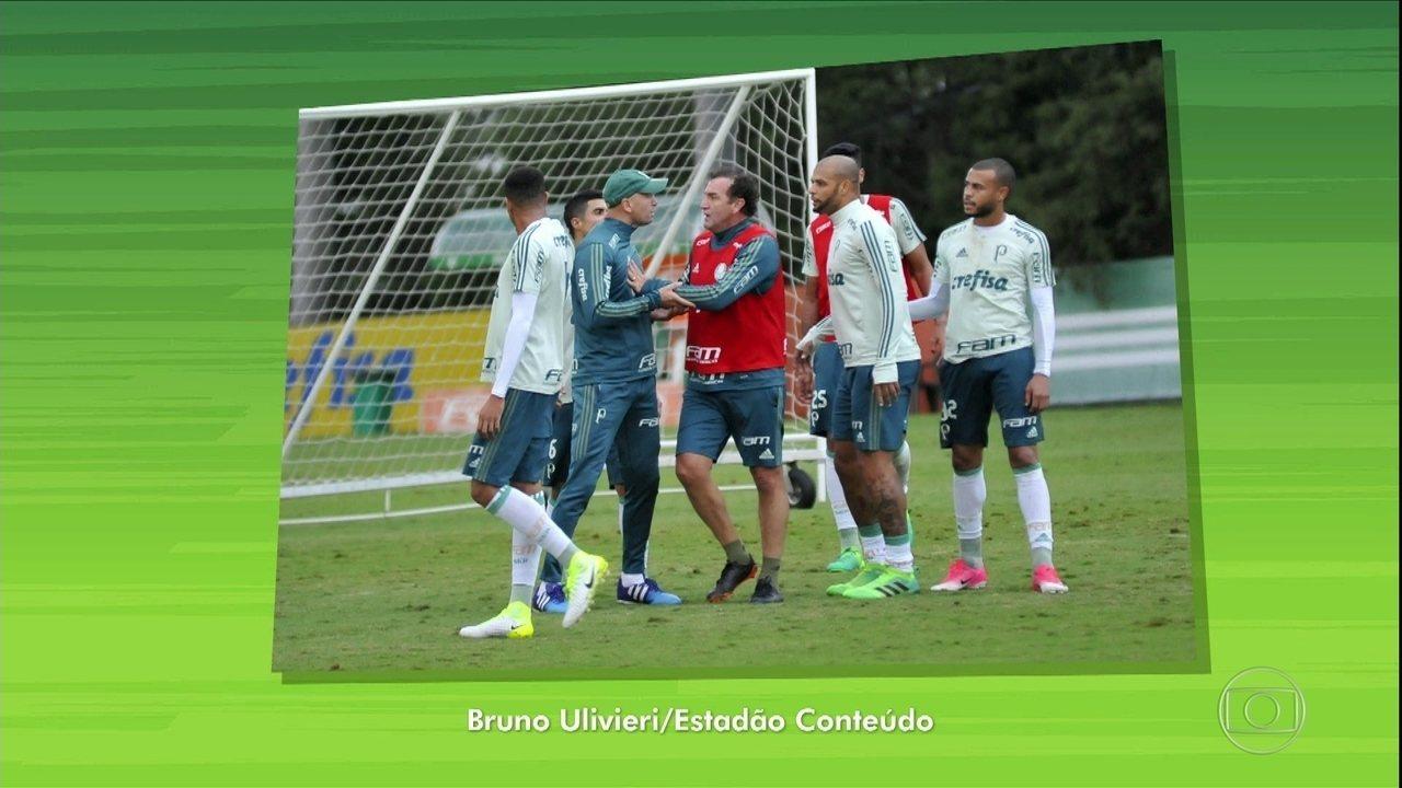 Suspenso, Felipe Melo discute com preparador físico em treino do Palmeiras