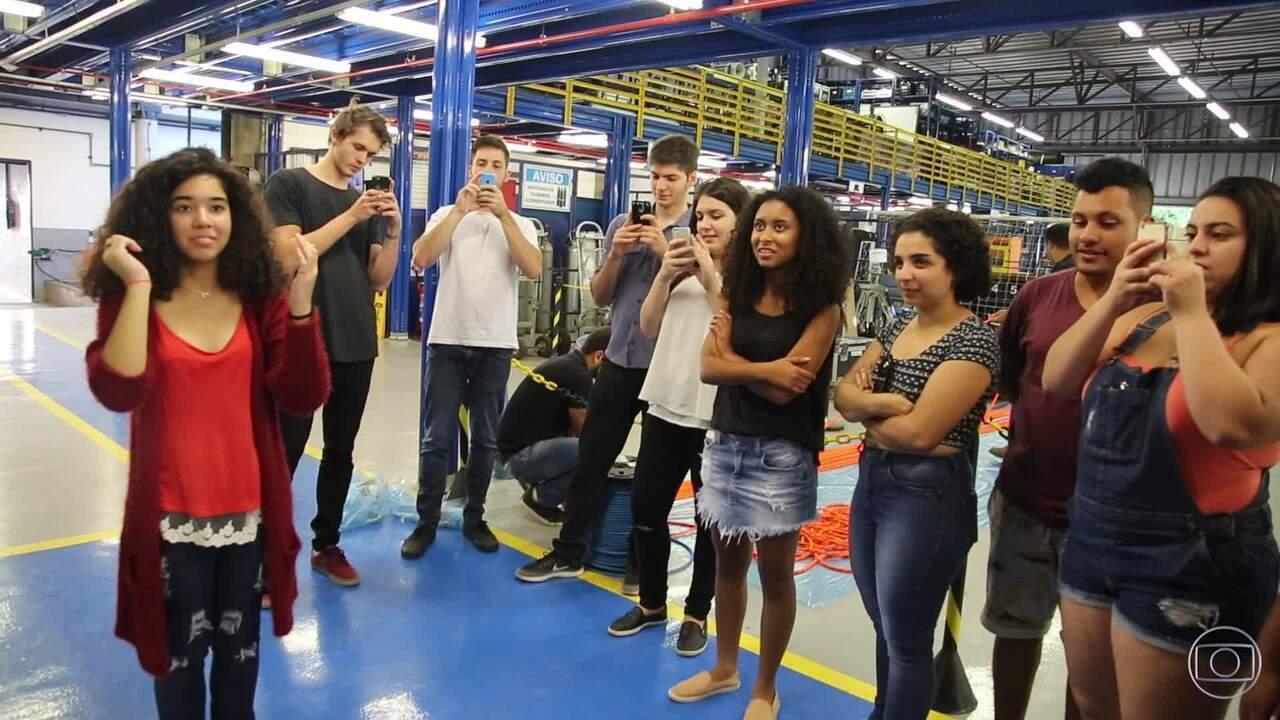 Globo Lab Malhação: participantes conhecem a cidade cenográfica da novela