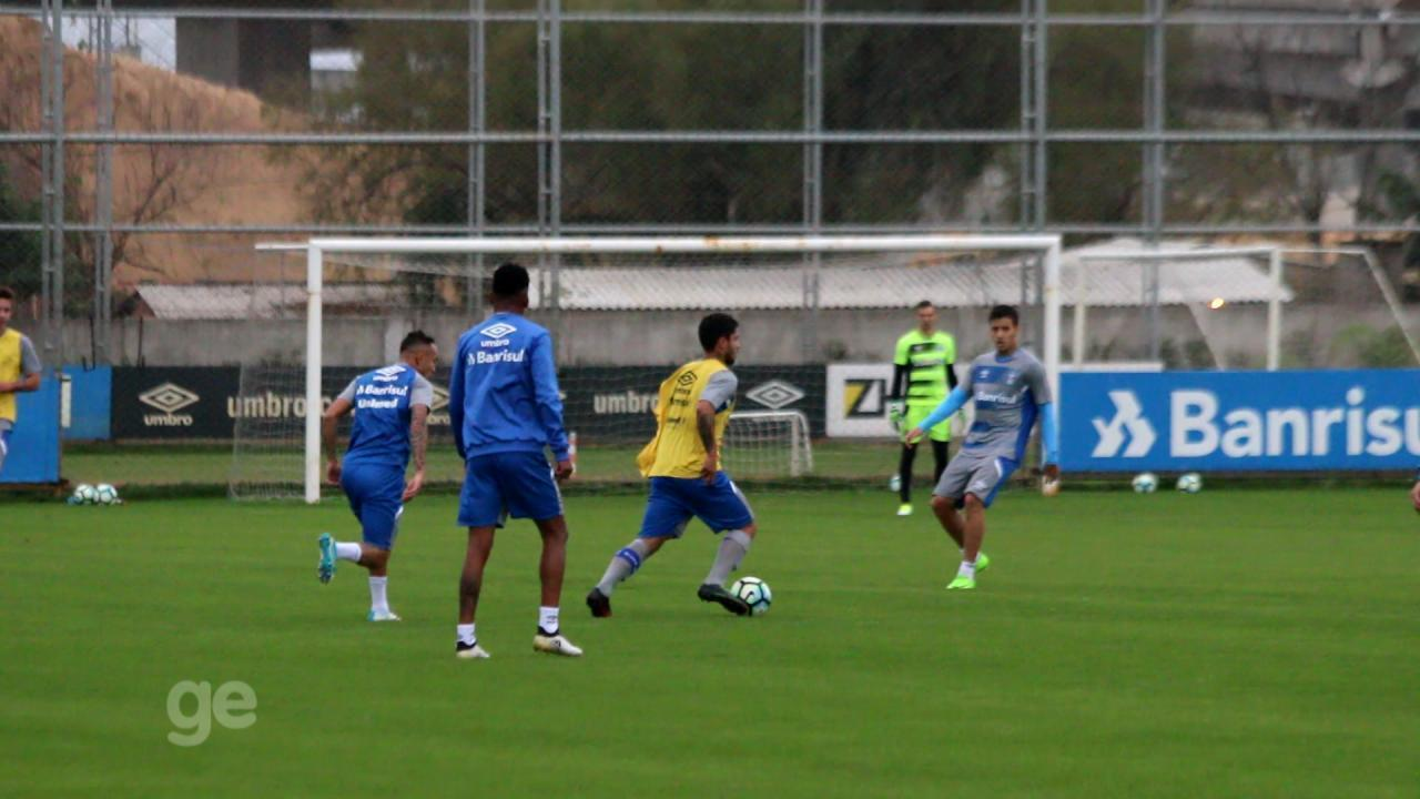 Grêmio faz coletivo para melhorar ritmo de Maicon e Edílson