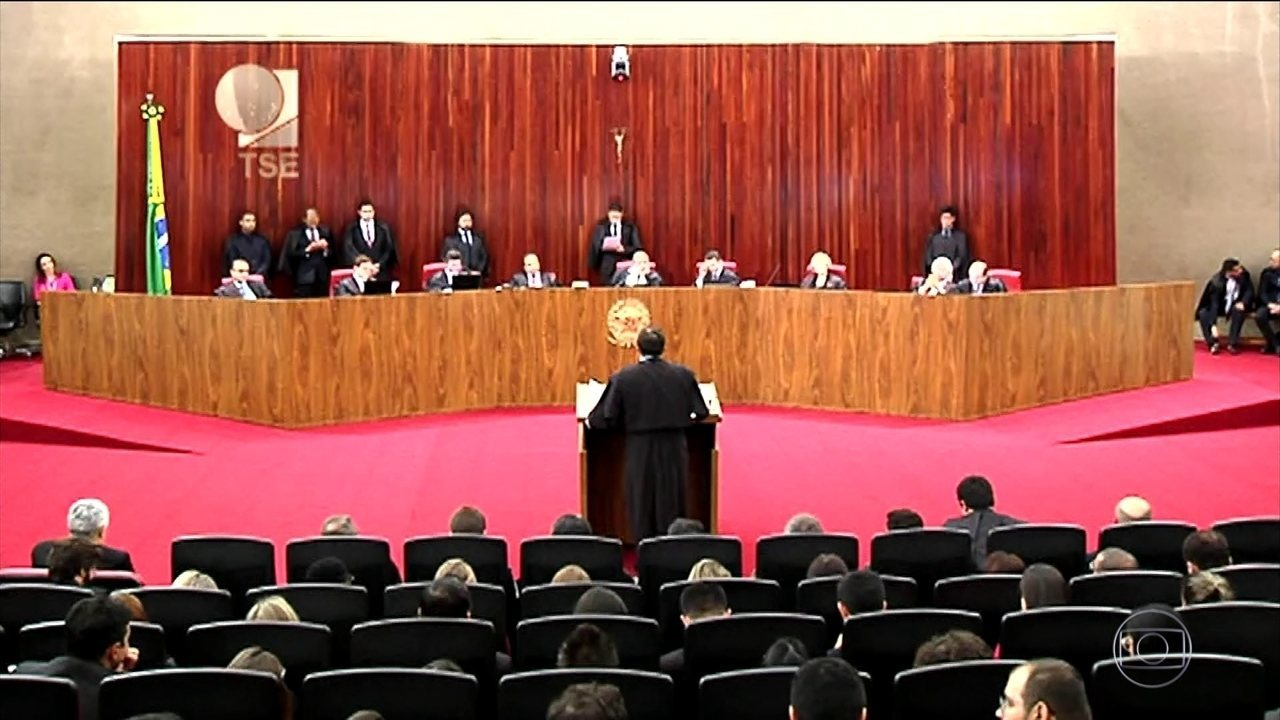 TSE passa pela primeira etapa do julgamento da chapa Dilma-Temer nesta terça (6)