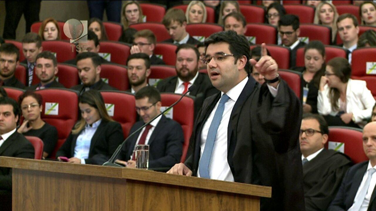 Advogado de Michel Temer, Gustavo Guedes