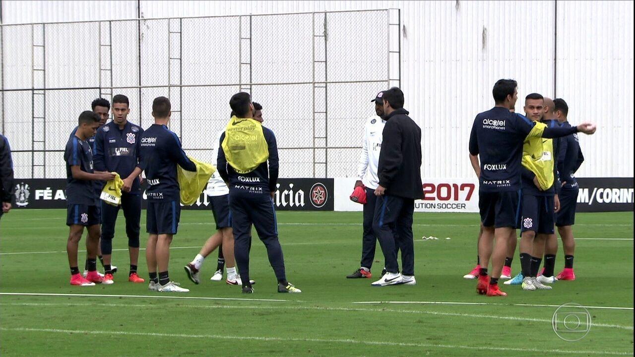 Mesa De Jantar Dobrável Que Vira Aparador ~ Globo Esporte SP Saiba como o líder Corinthians se prepara para o clássico contra o S u00e3o Paulo