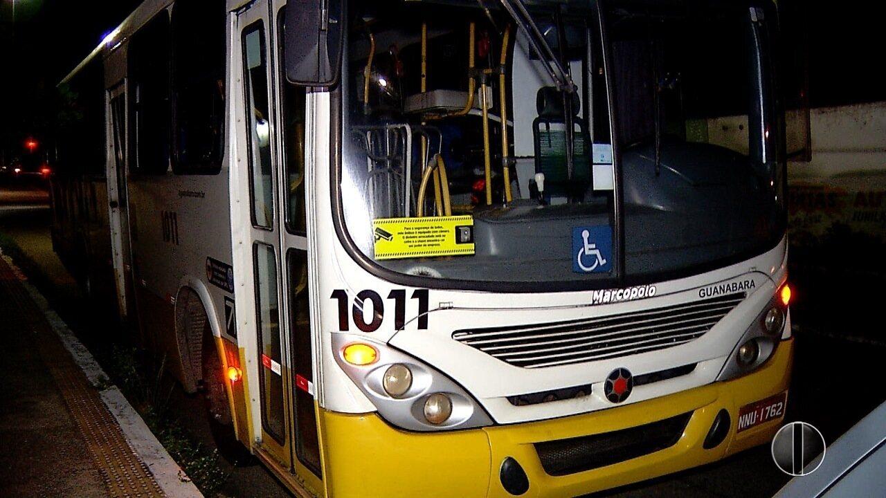 Dois ônibus são assaltados em intervalo de meia hora, em Natal