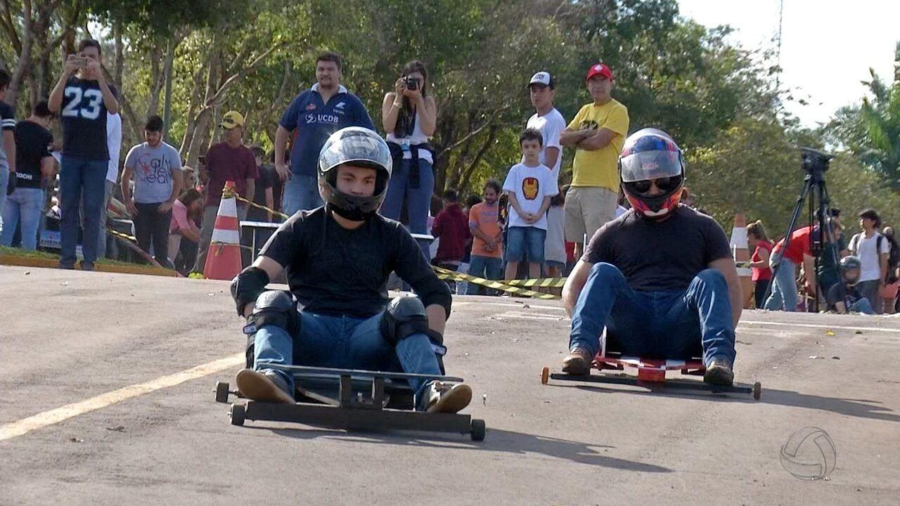 Estudantes dão pitada de tecnologia em corrida de rolimã em Campo Grande