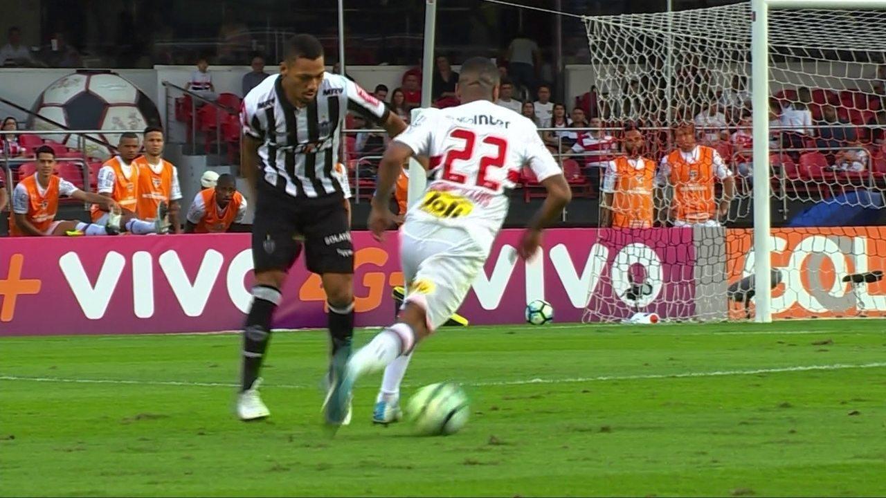 Melhores momentos de São Paulo 1 x 2 Atlético-MG pela 8ª rodada do Brasileirão