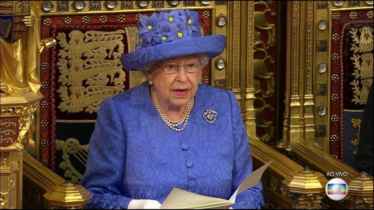 Rainha Elizabeth anuncia programa do governo britânico para os próximos dois anos