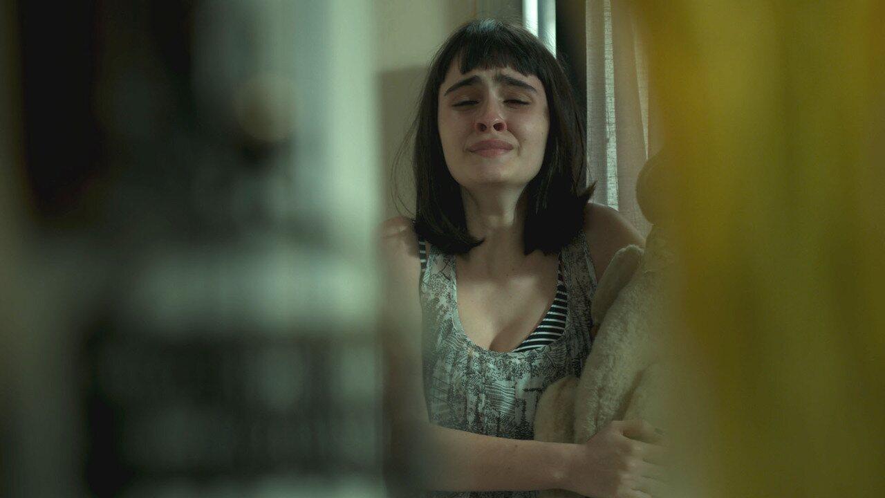 Teaser 'Pega Pega' 26/6: Bebeth escuta é a culpada pela morte da mãe