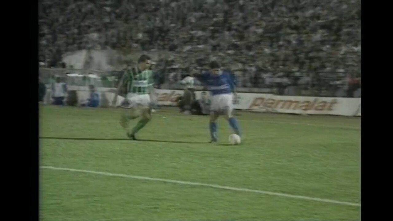 Após empate na ida, Cruzeiro vence o Palmeiras em SP e conquista a Copa do Brasil de 1996