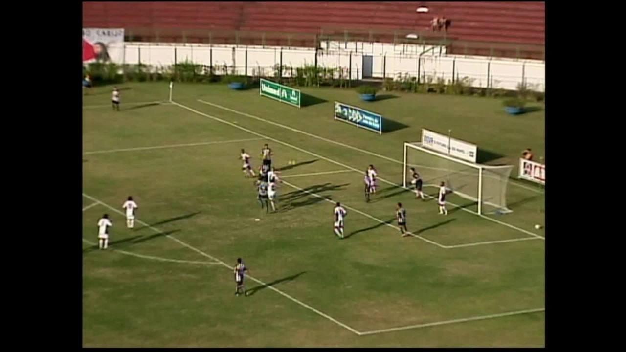 "b7916e3bbf O futebol imita a vida""  Aílton"