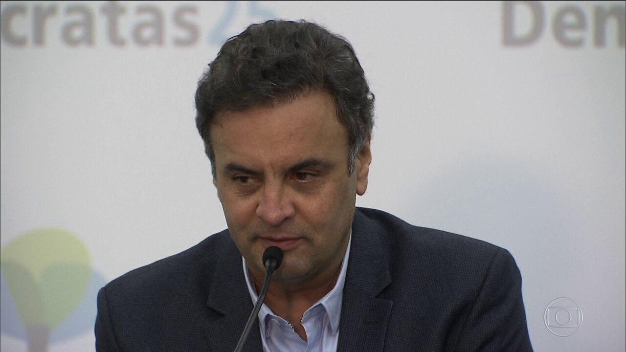 Marco Aurélio nega prisão e autoriza Aécio a retomar funções no Senado