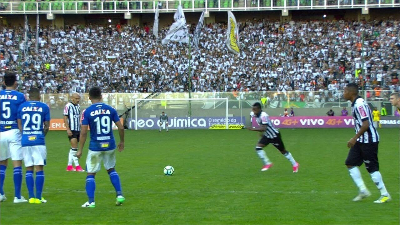 Melhores momentos de Atlético-MG 3 x 1 Cruzeiro pelo Brasileirão