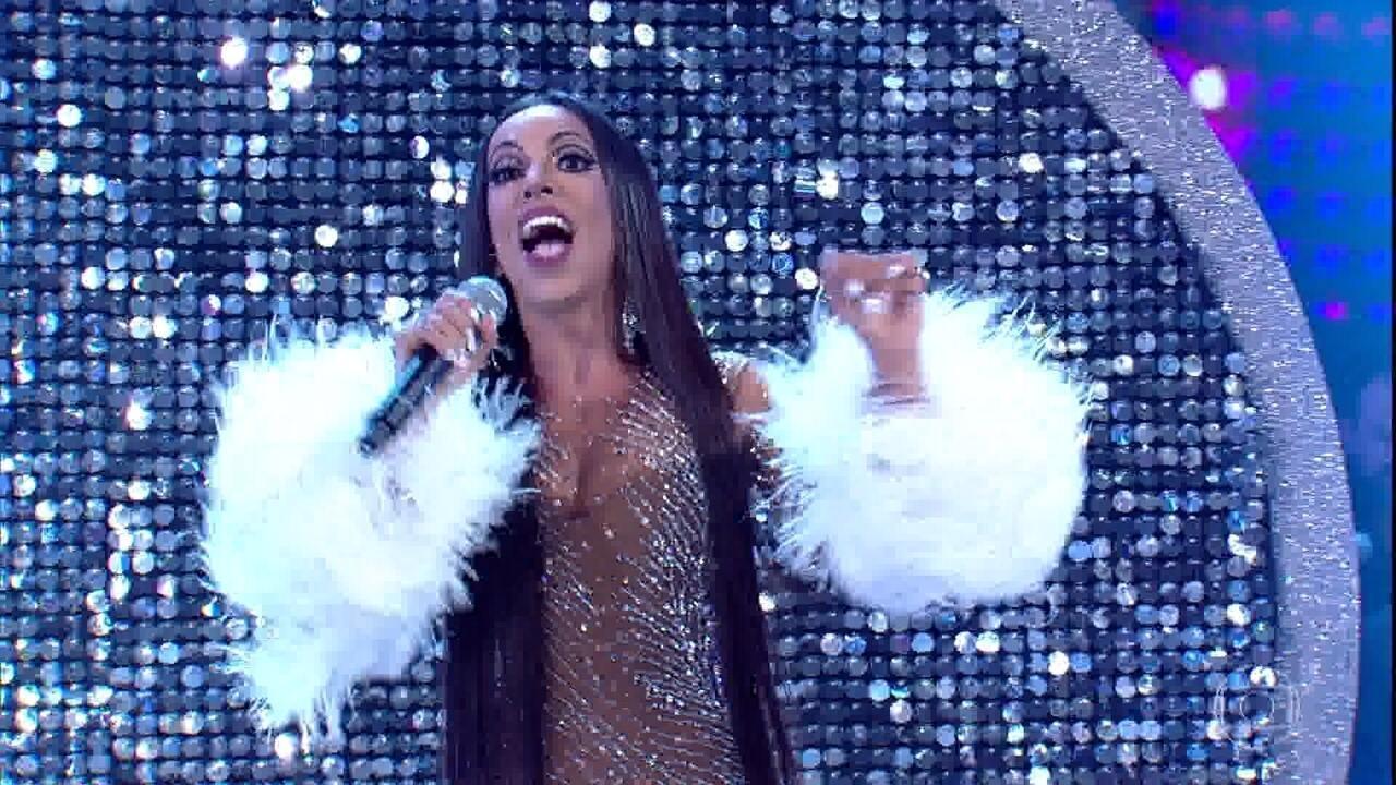 Samantha Schmütz se transforma em Cher na final do 'Show dos Famosos'