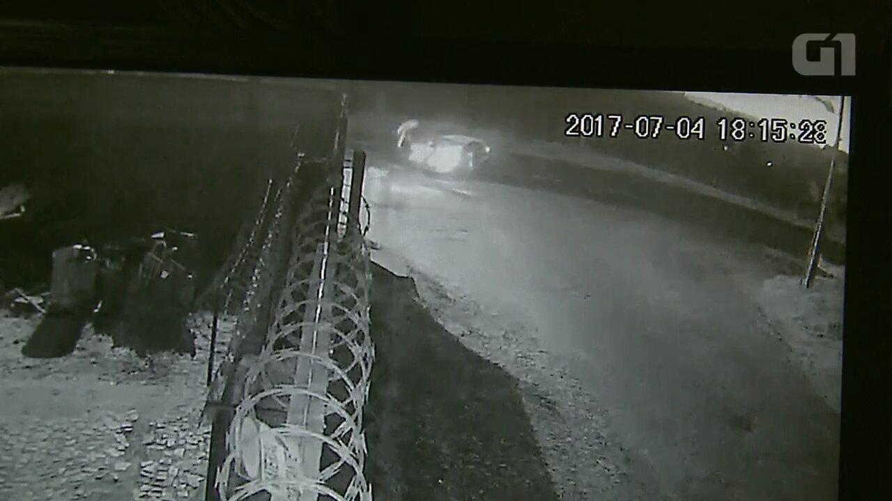 Vídeo mostra acidente que matou motociclista e deixou passageiro em estado grave em Ponta