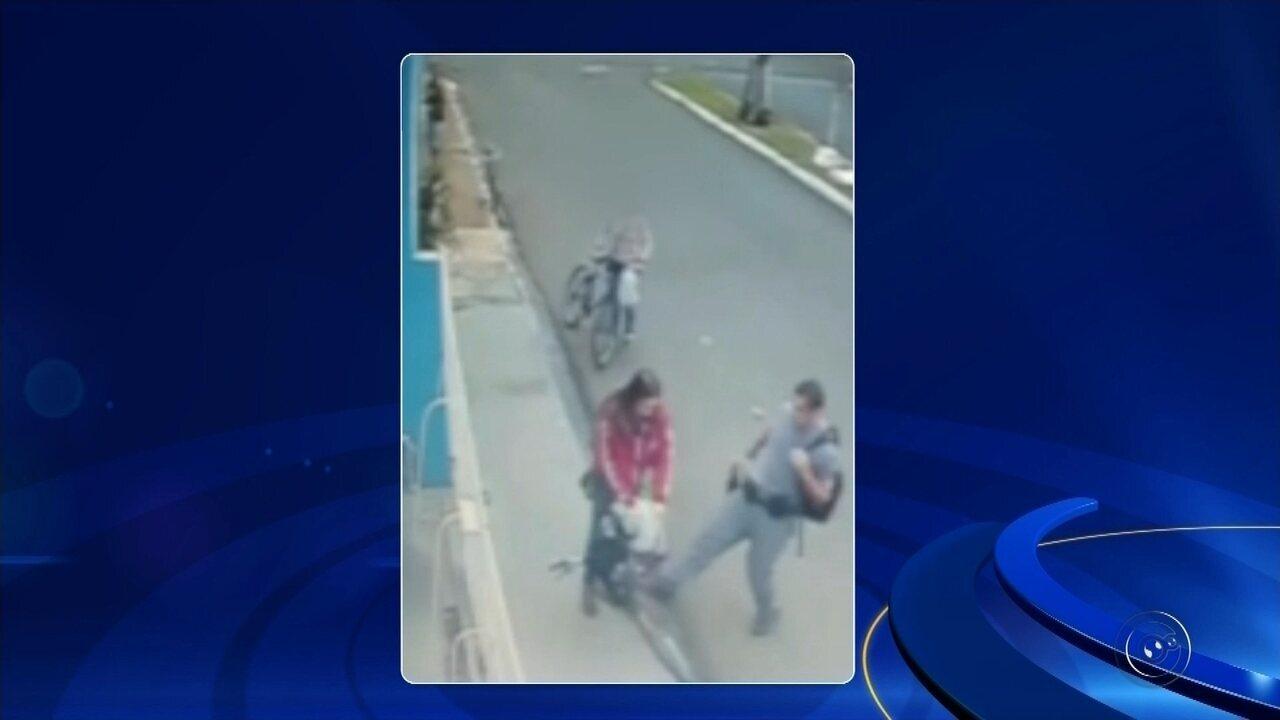 Policial militar é flagrado agredindo mulher em Neves Paulista