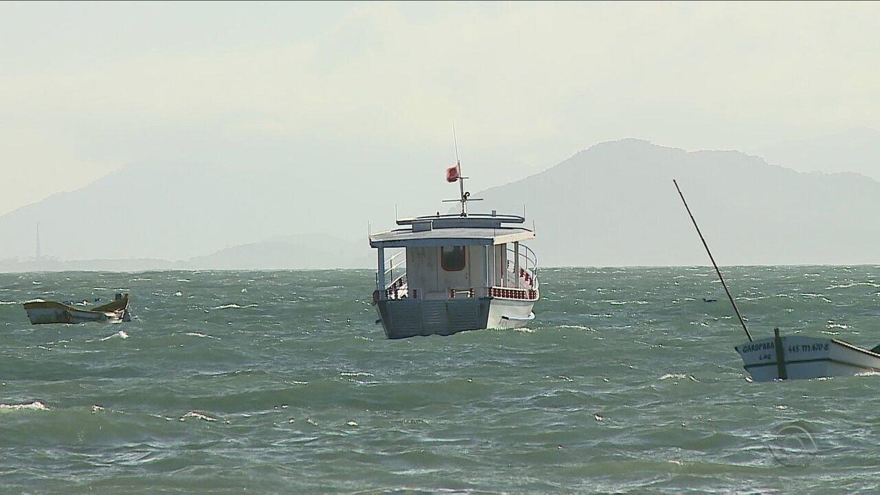 Turismo de observação de baleias segue suspenso mesmo após liberação de licenças