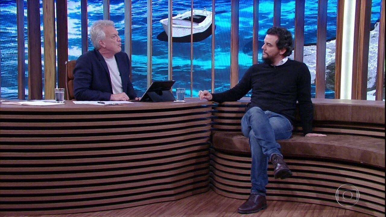 Wagner Moura promete fazer um 'superfilme' como diretor