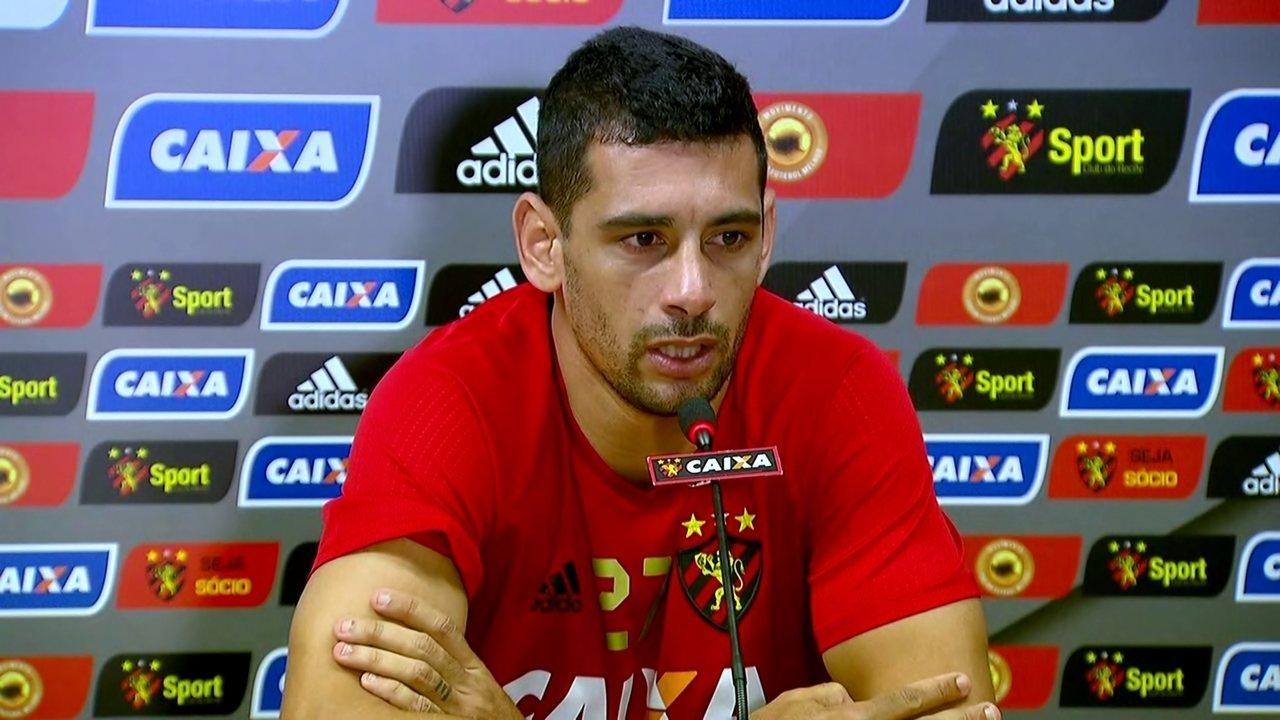 Diego Souza concede entrevista coletiva, nesta quarta-feira, após retorno ao Sport