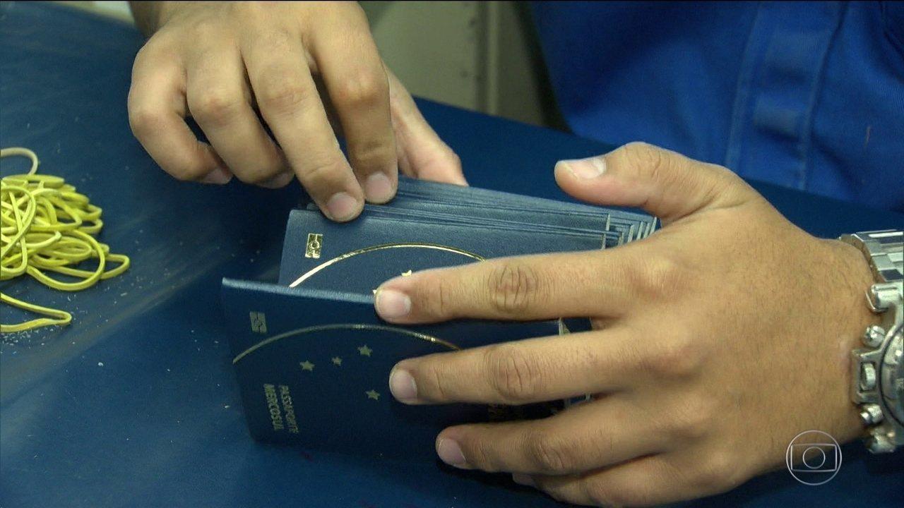 Verba para passaportes é aprovada, mas problema não está resolvido