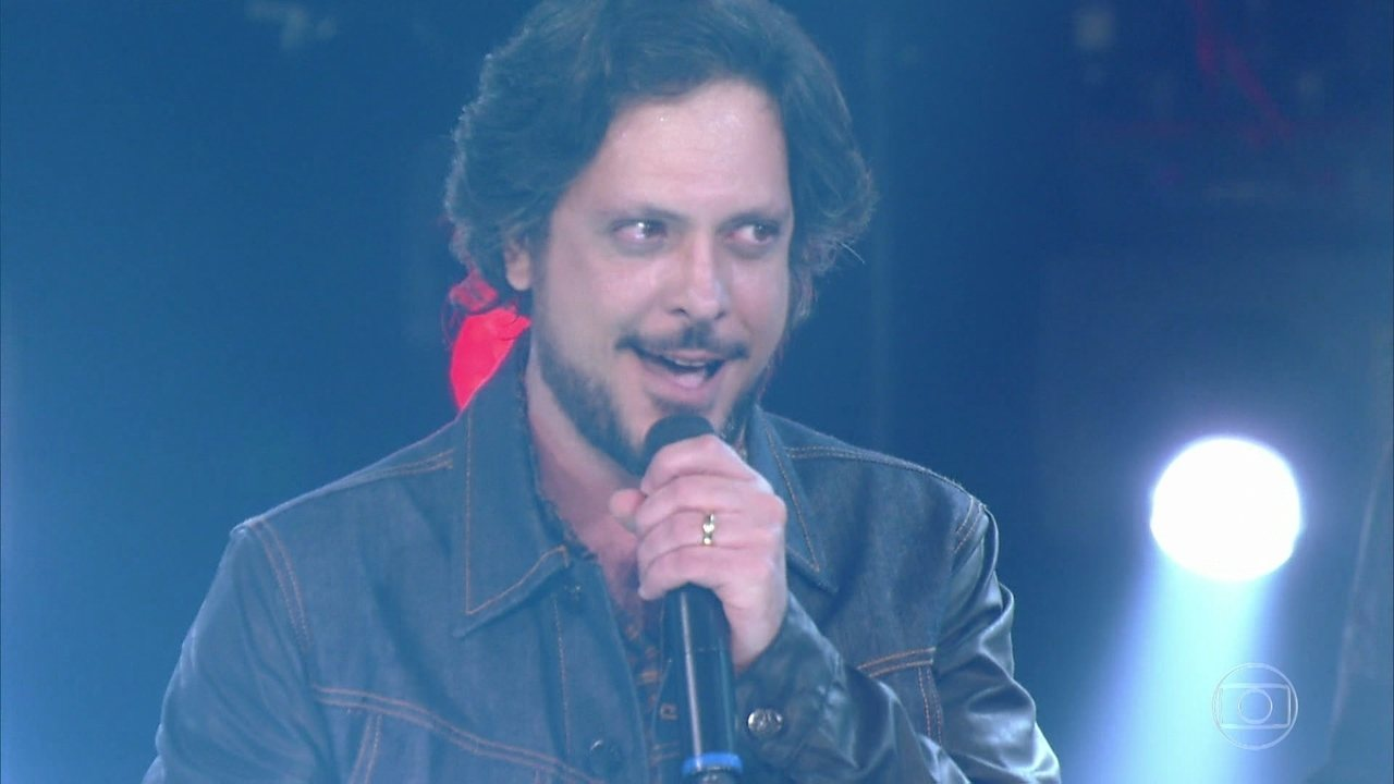 Lucio Mauro Filho canta 'Come Together'  e levanta a plateia do reality