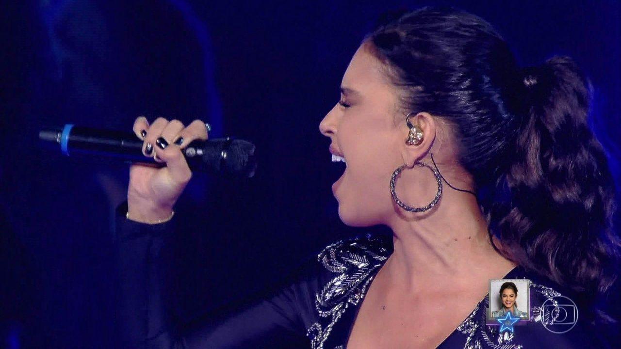 Mariana Rios canta Alanis Morissette no palco do 'PopStar'