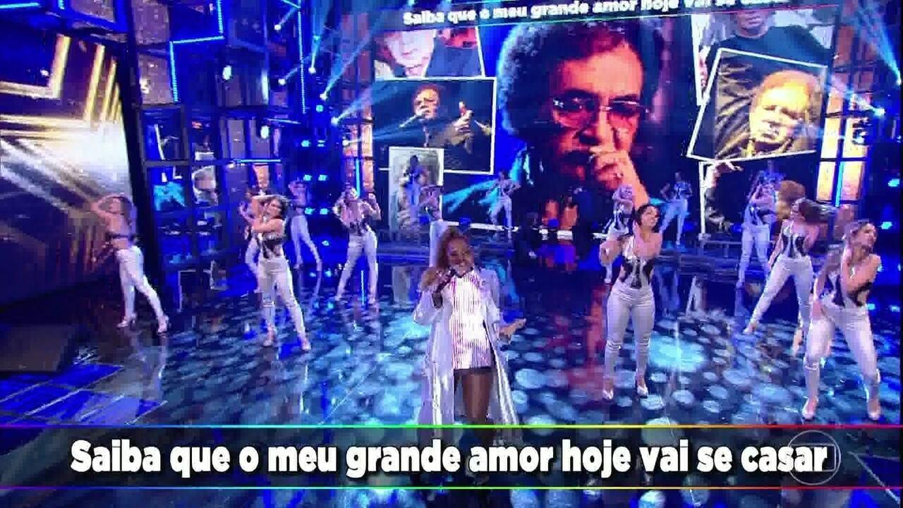 Gaby Amarantos faz tributo a Reginaldo Rossi com 'Garçom'
