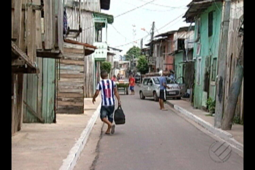Moradores da passagem 27 de Dezembro, no bairro do Marco, reclamam da falta de sinalização