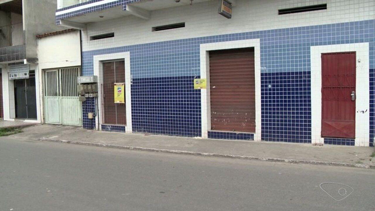 Comerciante é baleado na cabeça durante assalto à luz do dia na Serra, ES