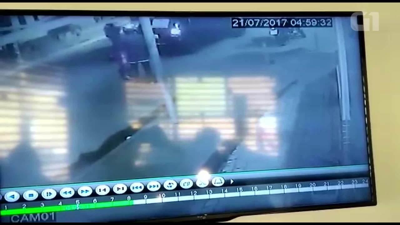 Imagens de câmeras de segurança mostram momento em que PM é morto em Nova Iguaçu