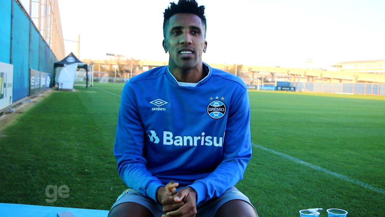Bruno Cortez fala de melhor momento na carreira e diferencial do Grêmio 56fd7faff2db5