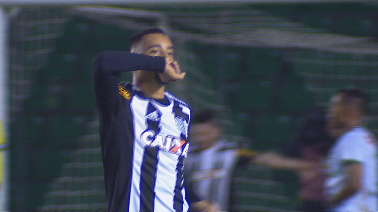 Oficial: Richarlison é reforço para Marco Silva