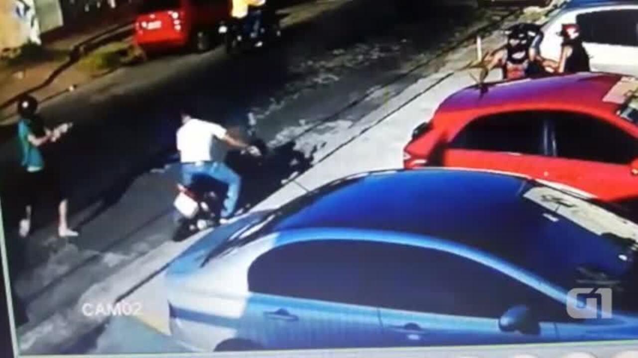 Homem tenta impedir assalto a casal e quase é baleado em Teresina