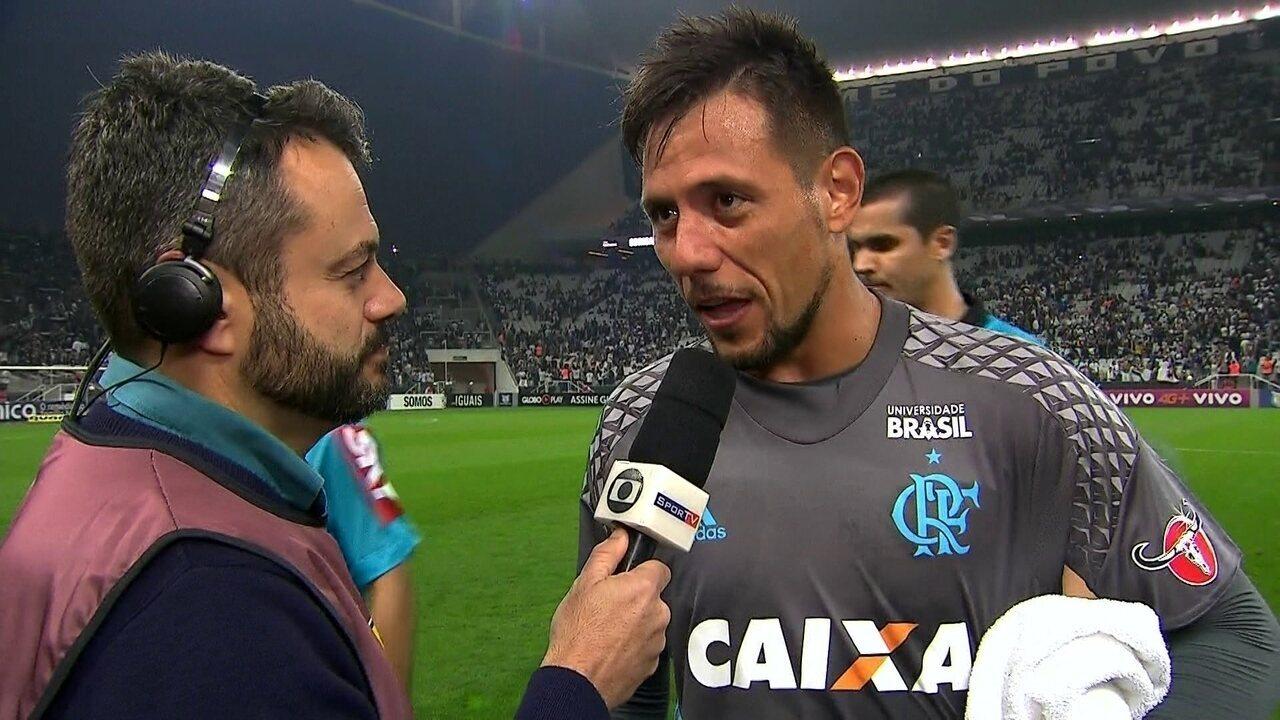 """""""Gostinho um pouco amargo, mas feliz"""", diz Diego Alves"""