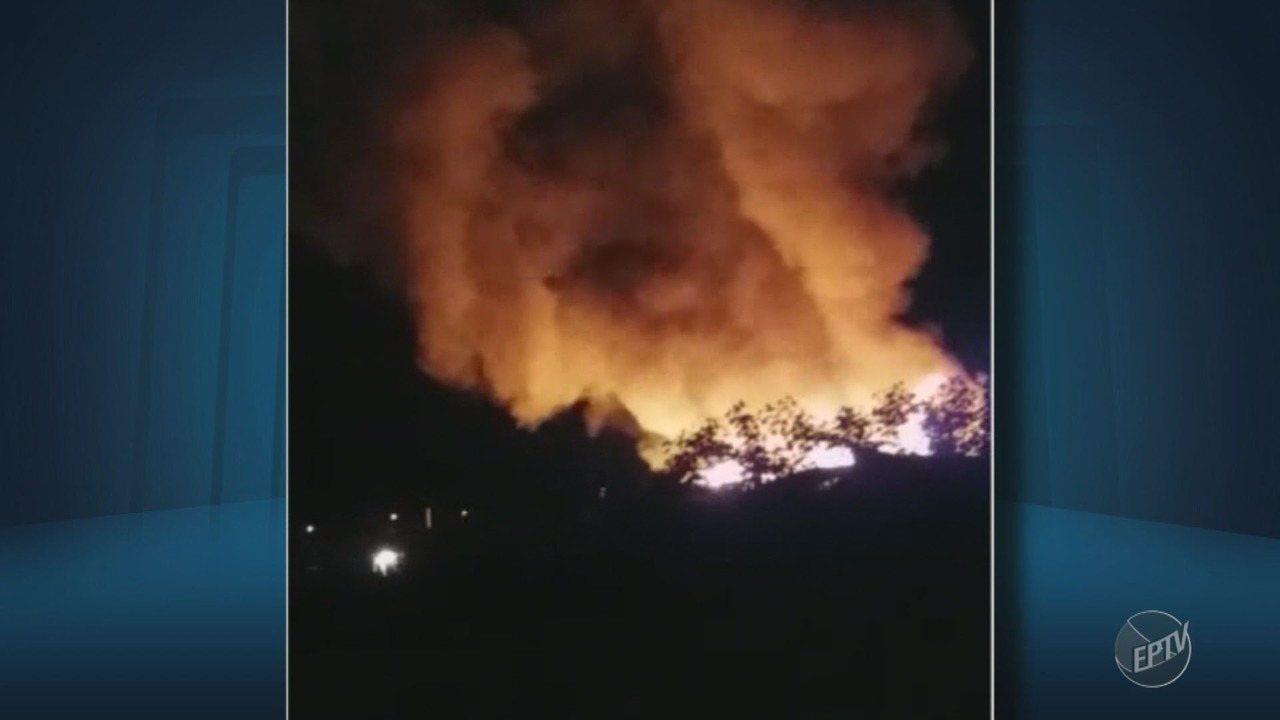 Incêndio atinge barracos no Jardim Itatiaia em Campinas